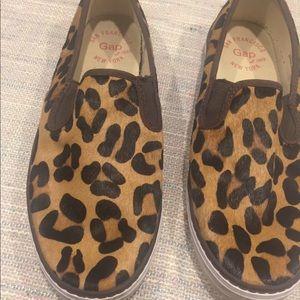 Leopard print slip on shoes